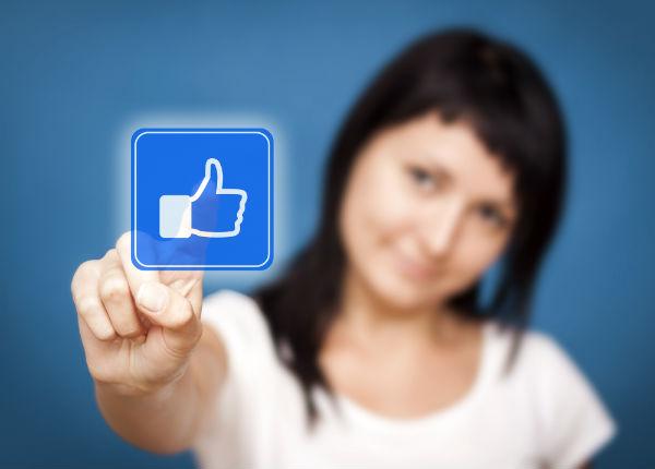 Receive organic likes to Make Facebook Posts Viral