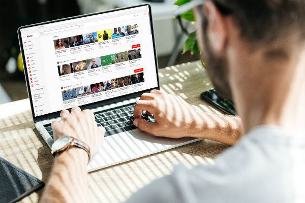 Take advantage of the video description to make your youtube videos viral