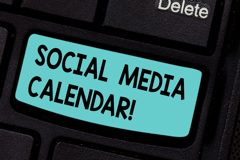 Best Social Media Calendar [Infographic] With Real Examples